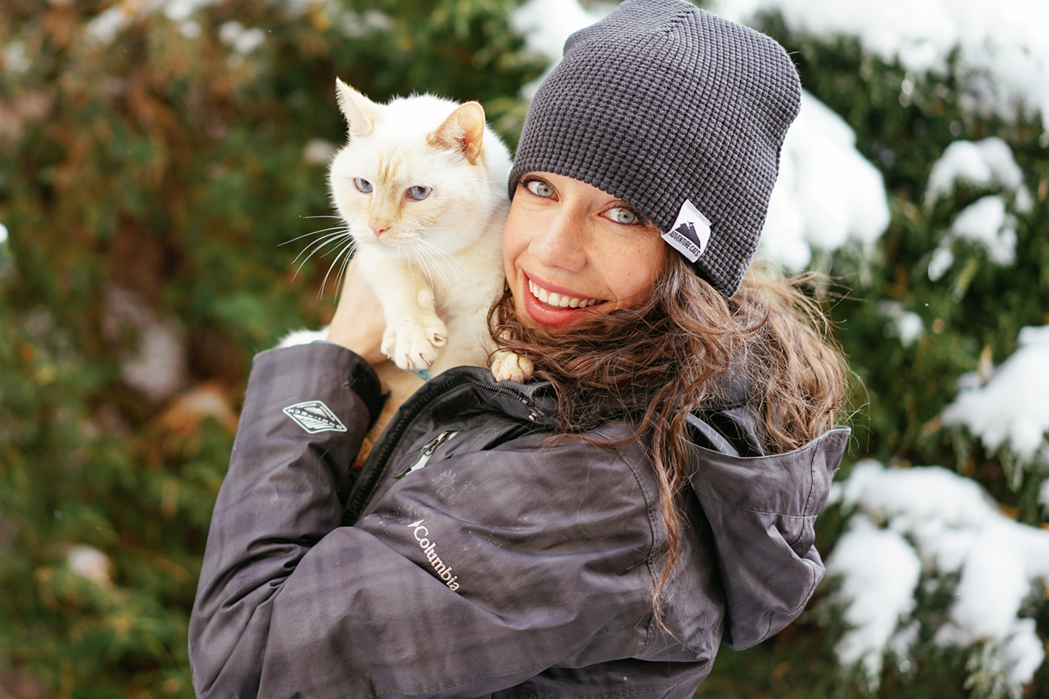 adventure-cats-beanie-liz-01